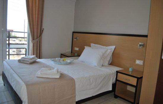Theofilos-hotel-Chania (14)