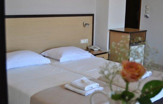 Theofilos-hotel-Chania (11)